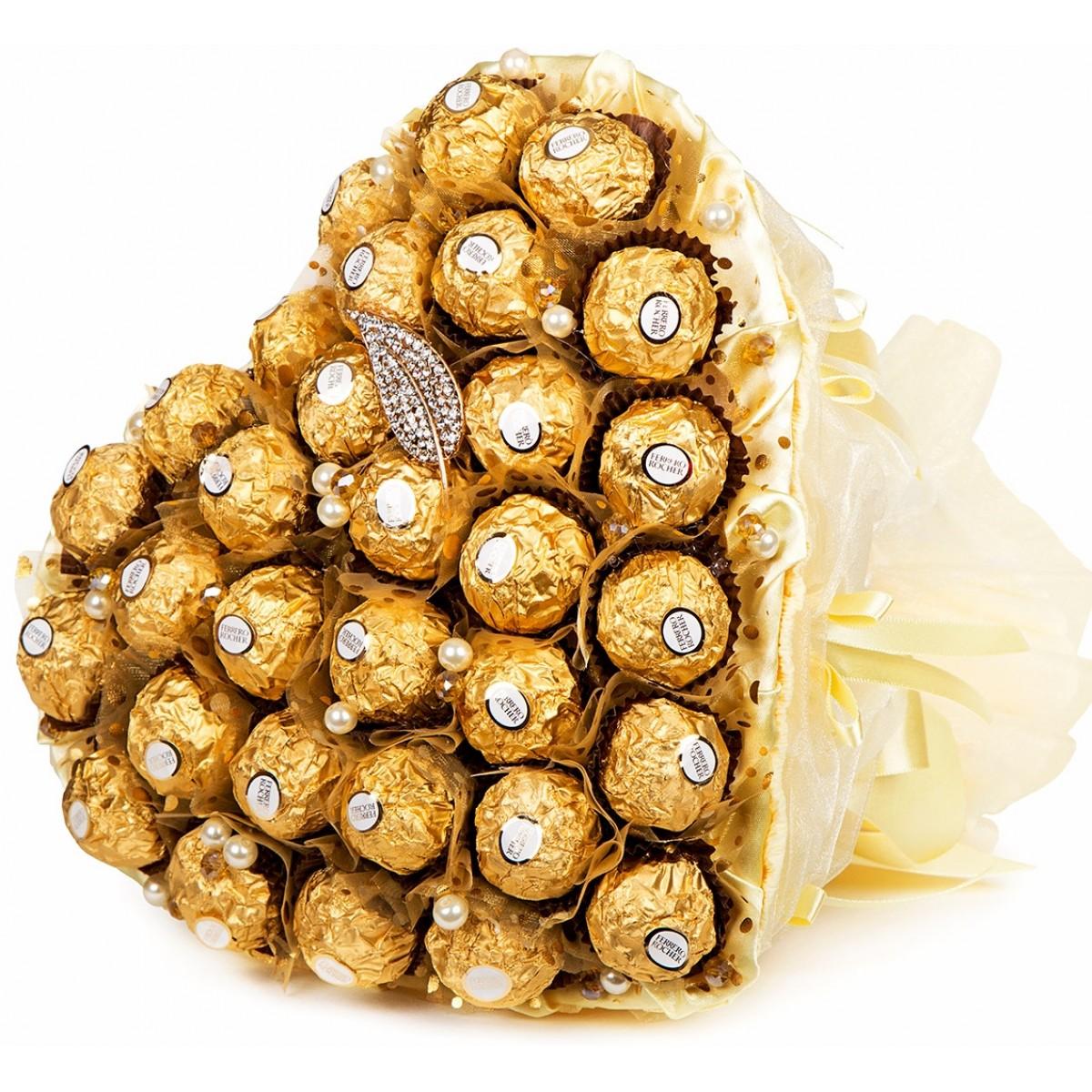 """Букет """" Сърце от """"Ferrero Rocher """" в златно (27x30 см)"""