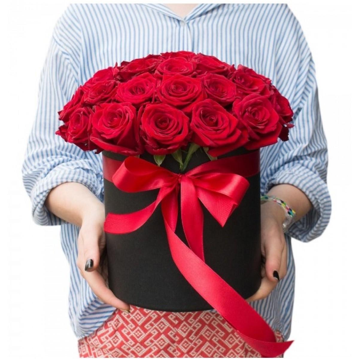 29 Червени рози в кутия