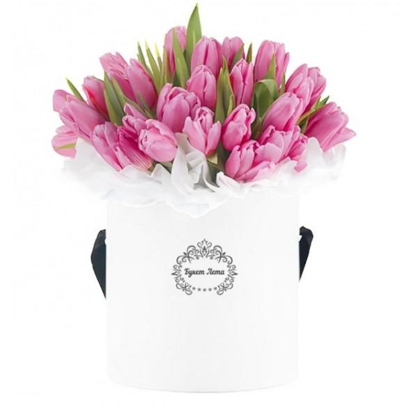 51 Розови Лалета в кутия