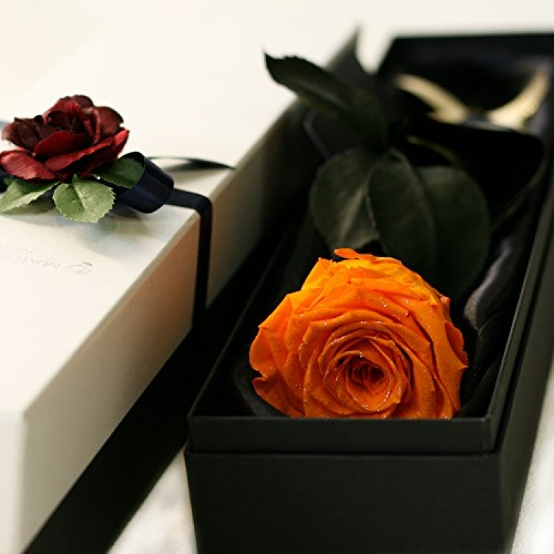 ВСИЧКИ БУКЕТИ РОЗИ - 1 оранжева роза в стилна кутия
