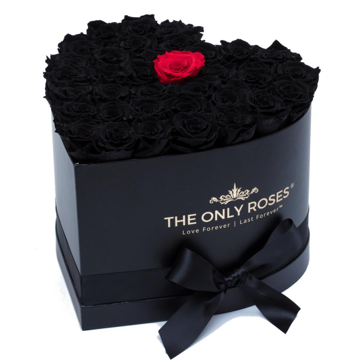 Композиция 100 Черни и една червена Полиуретанови Рози в кутия с форма на сърце