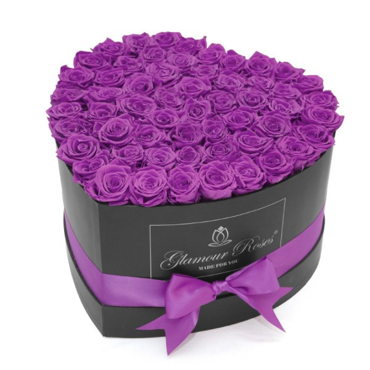 Композиция 101 лилави Полиуретанови Рози в кутия с форма на сърце