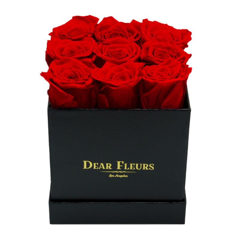 ВСИЧКИ БУКЕТИ РОЗИ - 9 червени полиуретанови рози в стилна черна кутия