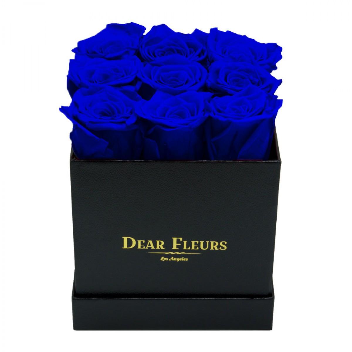 9 сини рози в стилна черна кутия