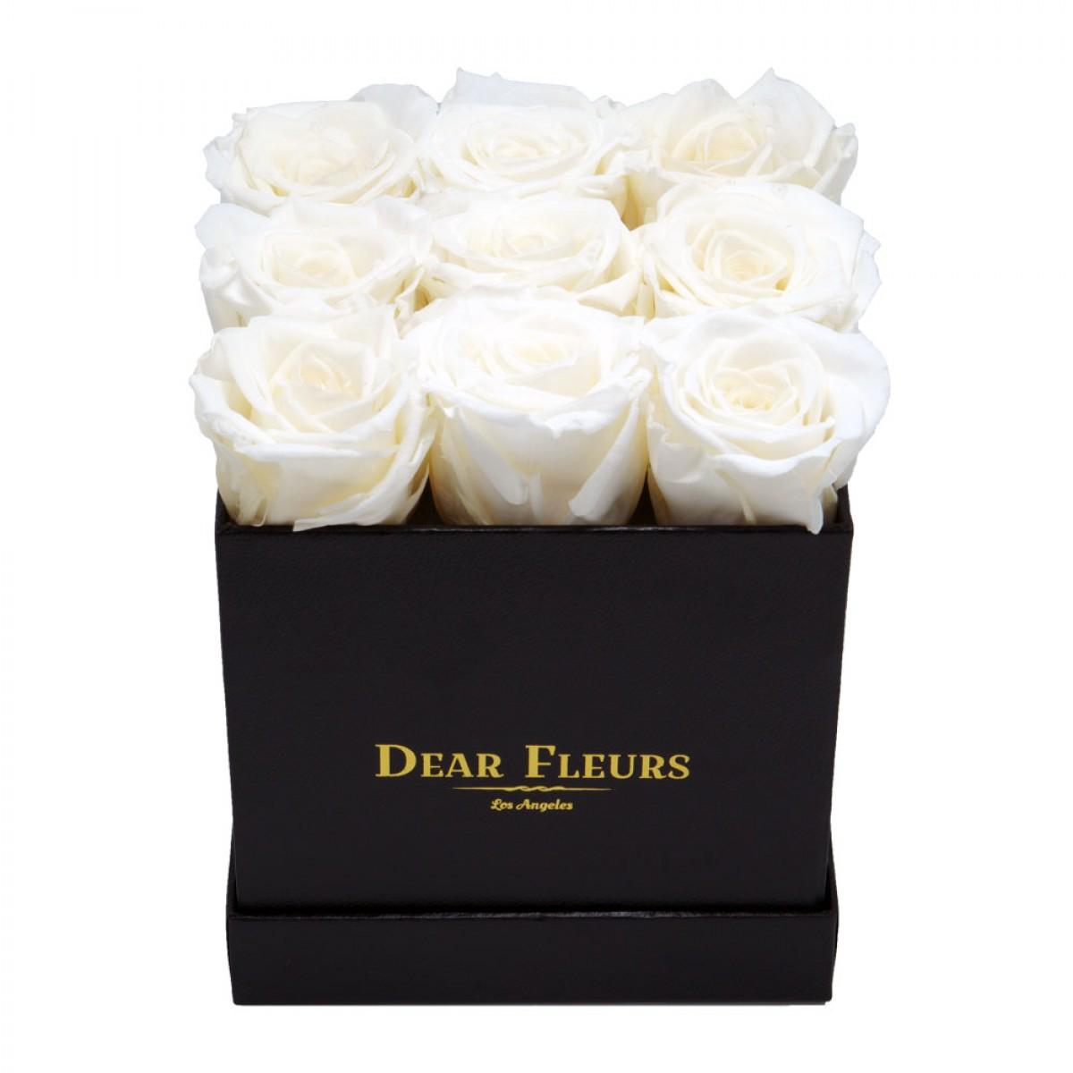 9 бели рози в стилна черна кутия