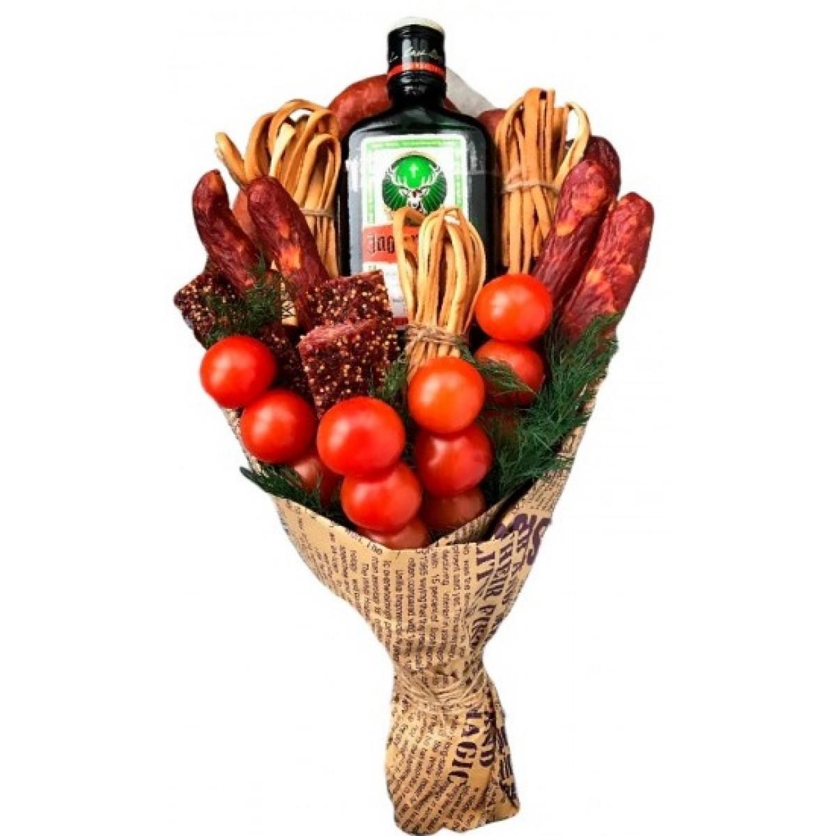 Мъжки Букет Егермайстер с колбаси, претцели и зеленчуци