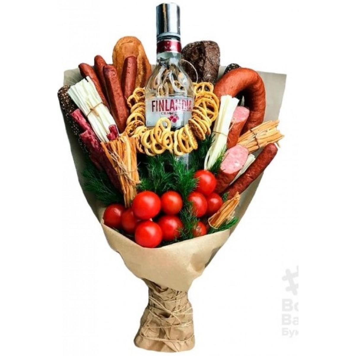 Мъжки букет с водка Финландия, колбаси и зеленчуци