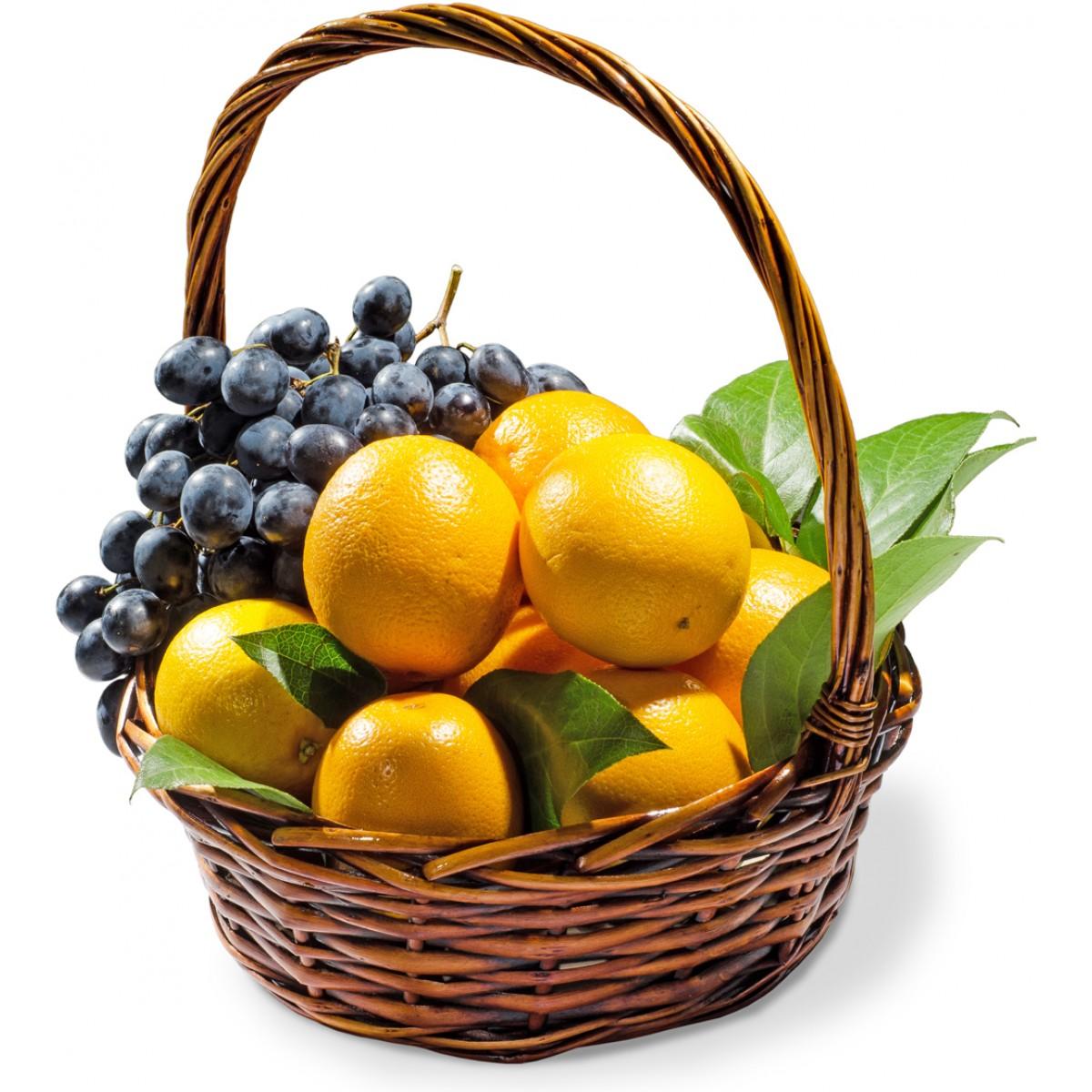 Кошница с плодове портокали и грозде